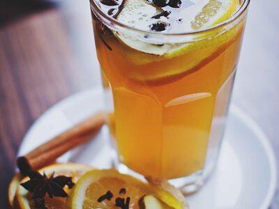 hurtig æblegløgg, opskrift æblegløgg, hvordan laver man æblegløgg, alkoholfri gløgg